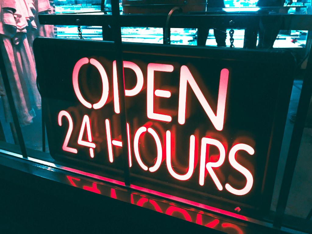 Open 24 hours sign (photo credit Alina Grybnyak)